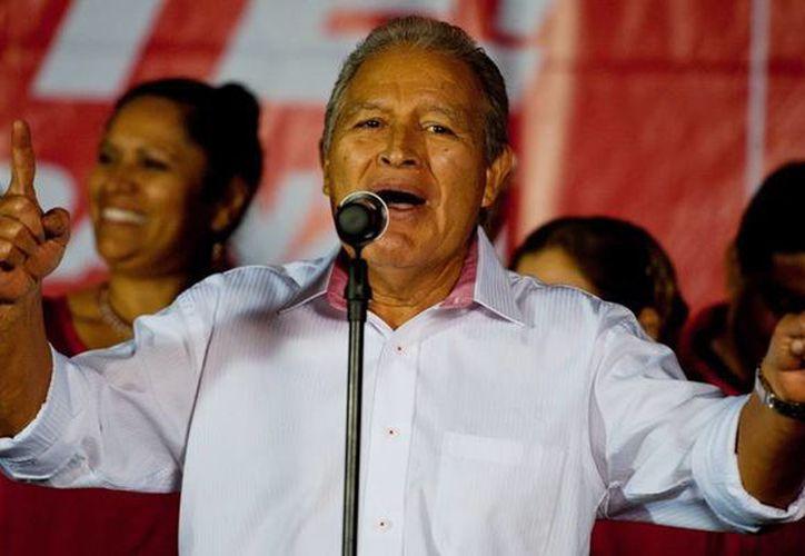 El Tribunal Supremo Electoral ratificó que Salvador Sánchez Cerén ganó la segunda vuelta en elecciones presidenciales salvadoreñas. (Internet)
