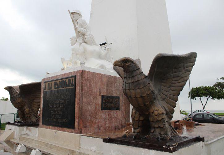 Por lo menos cuatro monumentos de Chetumal han sido vandalizados. (Joel Zamora/SIPSE)