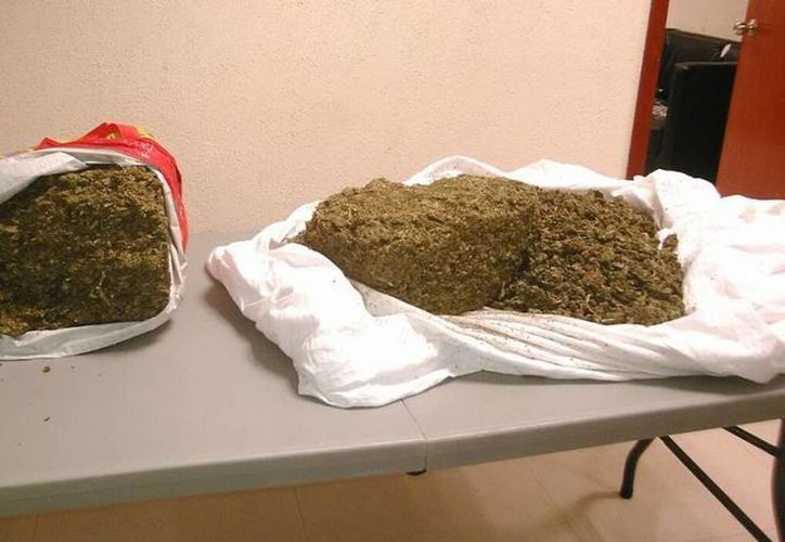 Los dos hombres detenidos con 9.5 kilos de marihuana deberán declarar en las próximas horas. (Redacción/SIPSE)