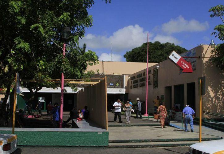 La remodelación del Hospital General del IMSS deberá estar concluida en diciembre de este año. (Ángel Castilla/SIPSE)