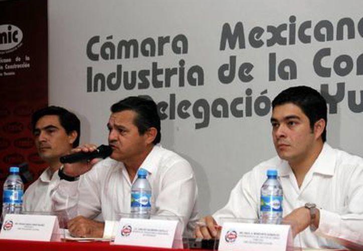 Durante la reunión se informó que las obras serán aplicadas en edificios, urbanización y seguridad y justicia.  (SIPSE)