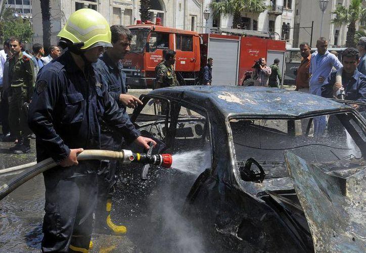 Se desconoce qué o quién fue el blanco del atentado explosivo; el estallido ocurrió cerca de la Torre de Damasco. (Agencias)