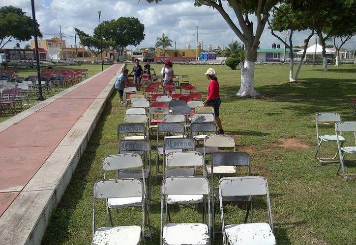 Para la misa del Año de la Fe, en Mérida, se calculan por lo menos 30,000 asistentes al parque del fraccionamiento Juan Pablo II. (Martha Chan/SIPSE)
