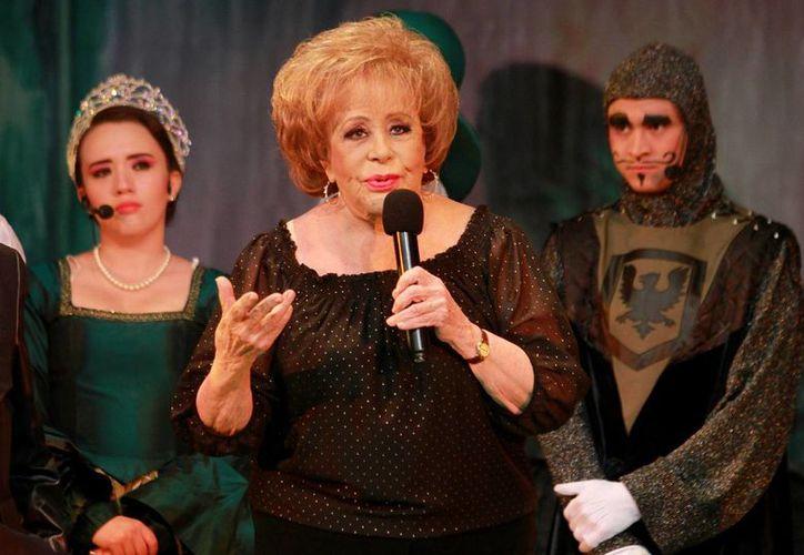 La actriz Silvia Pinal alista la serie que narrará su vida. (Notimex)