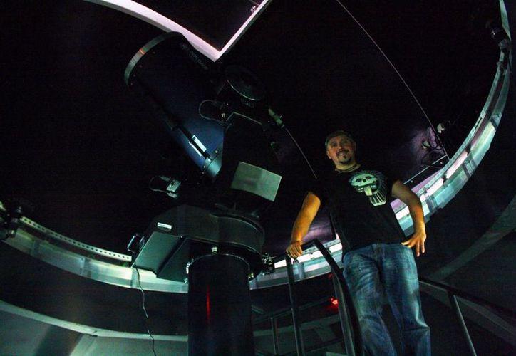 Desde las 16 horas el planetario iniciará actividades relacionadas con el eclipse. (Octavio Martínez/SIPSE)