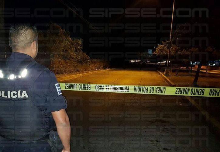 Los policías deben portar sus chalecos antibalas como parte de su seguridad. (Eric Galindo/SIPSE)