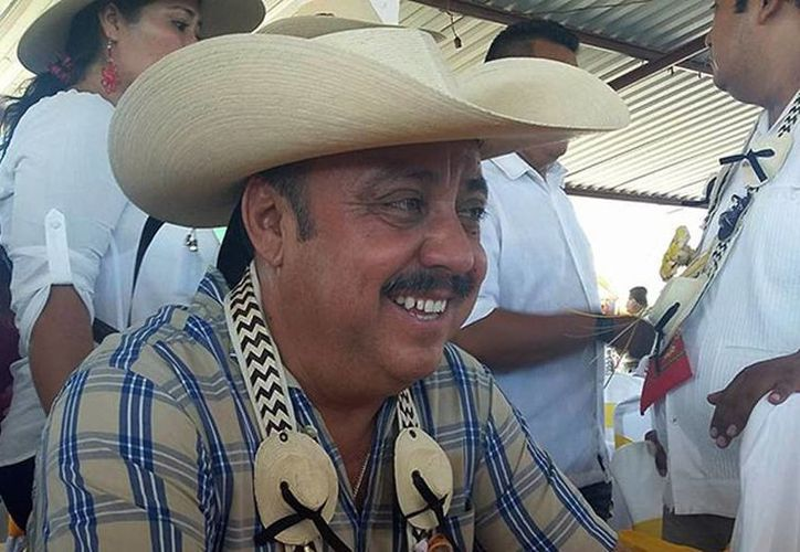 Cuando Ambrosio Soto  tomó posesión del cargo, en septiembre pasado, 'de bienvenida' el jefe de plaza de la región le pidió un millón de pesos. (proceso.com.mx)