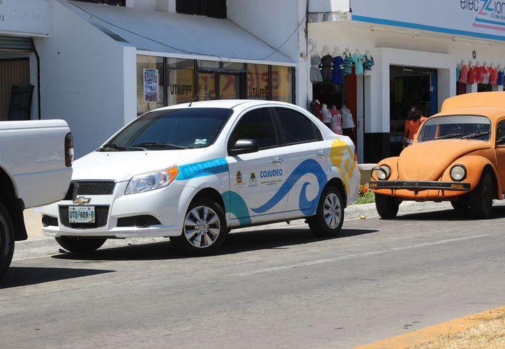 Prevén subastar 200 vehículos dados de baja. (Foto: David de la Fuente)