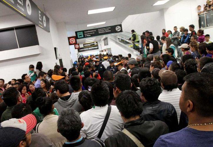 El Gobierno inició la subasta de bienes de Mexicana de Aviación; el primer 'ganón' fue Alsea, que se adjudicó los derechos de uso del Salón Ejecutivo en el Aeropuerto Internacional de la Ciudad de México, a donde corresponde la imagen, utilizada sólo como contexto. (Archivo/NTX)