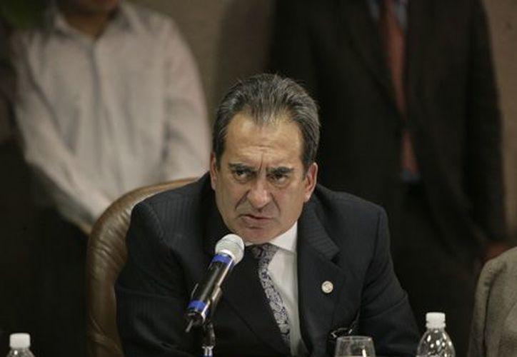 Carlos Lozano es responsabilidad de los municipios tener finanzas públicas sanas. (vanguardia.com.mx)