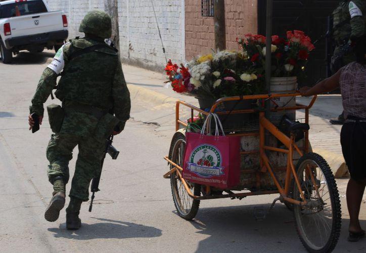 Soldados recorren las calles en el estado de Guerrero por los altos niveles de inseguridad. (Foto: Cuartoscuro)