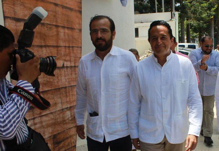 Carlos Joaquín designó a Mora Vallejo en enlace de recursos federales. (Luis Soto/SIPSE)