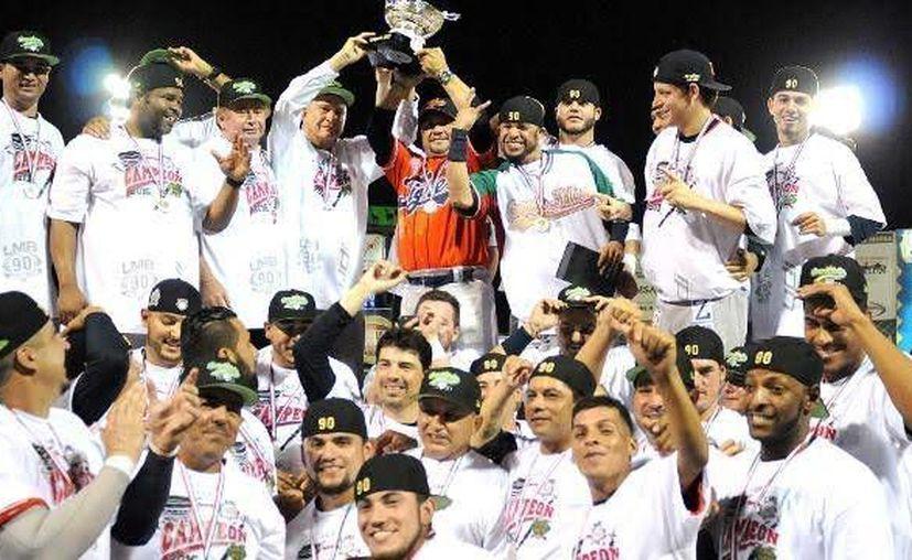 Los Tigres de Quintana Roo se convirtieron en campeones de la Liga Mexicana de Béisbol al vencer a Acereros de Monclova. (Redacción/SIPSE)