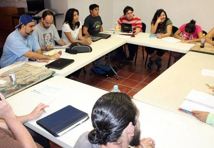 Invitan a directores, actores y realizadores teatrales a taller en Campeche. (Milenio Novedades)