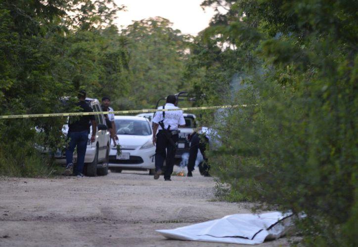 El cuerpo fue hallado en un camino de terracería. (Redacción)