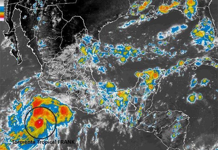 'Frank' favorece lluvias muy fuertes en estados como GUerrero, Michoacán y Jalisco. (Conagua)