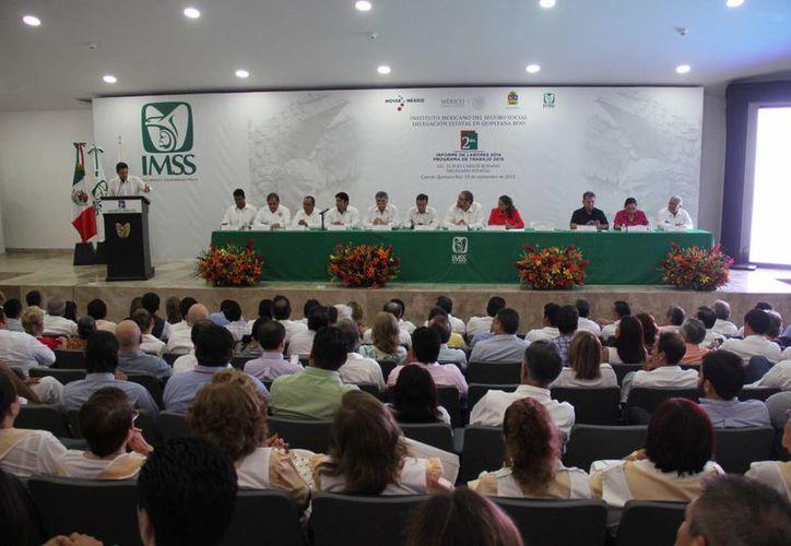 El evento se realizó en el auditorio del Hospital Regional número 17 del IMSS. (Consuelo Javier/SIPSE)