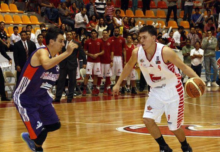 Halcones Rojos de Veracruz es actual líder de la Liga Nacional de Baloncesto Profesional. (Raúl Caballero/SIPSE)
