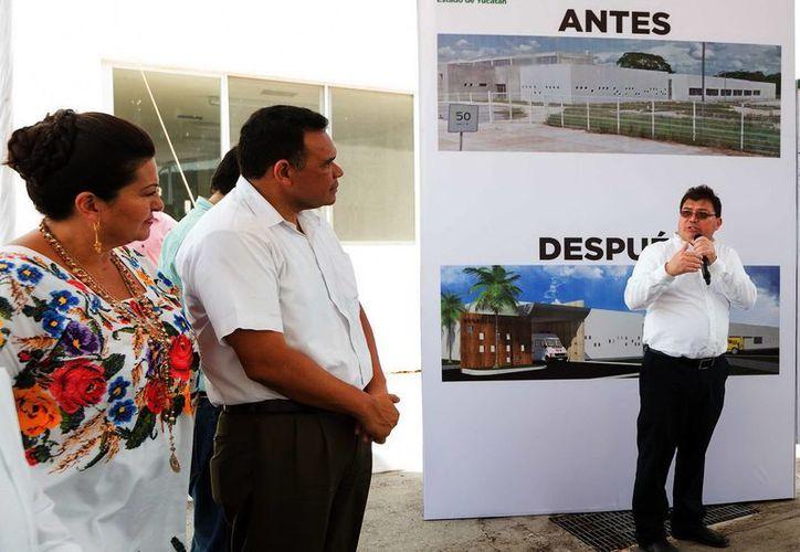 El gobernador Rolando Zapata entregó las obras e ampliación del Centro de Salud de Tekax. (SIPSE)