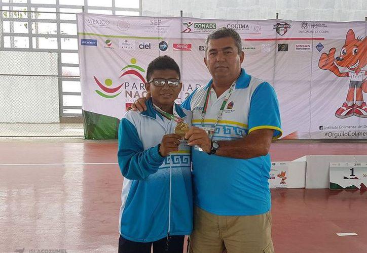 Manuel Pacheco es el primer cozumeleño en participar en la Paralimpiada Nacional Colima 2017. (Foto: Redacción)