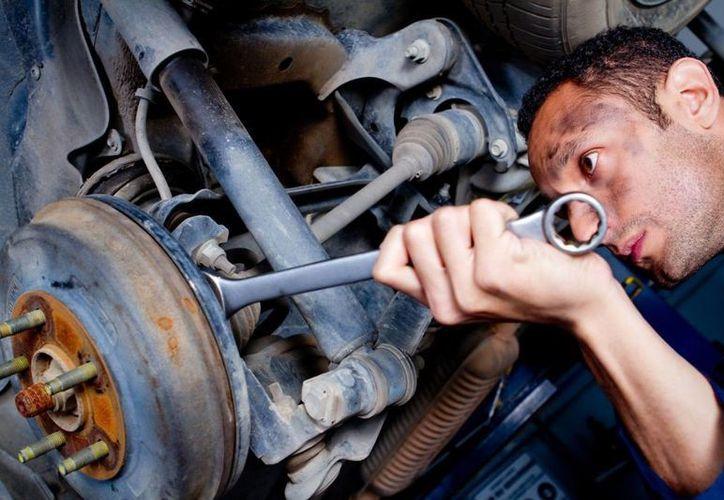 Si notas que las visitas al mecánico son cada vez más frecuentes, entonces tal vez debas buscar a uno más profesional. (Visión Tres)