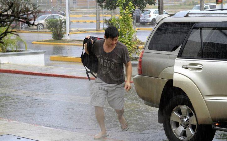 La Coordinación Estatal de Protección Civil emite información sobre las condiciones del clima. (Carlos Horta/ SIPSE)