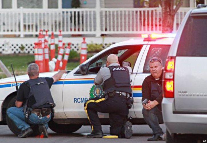 La policía de Fredericton confirmó la muerte de cuatro personas. (Twitter)