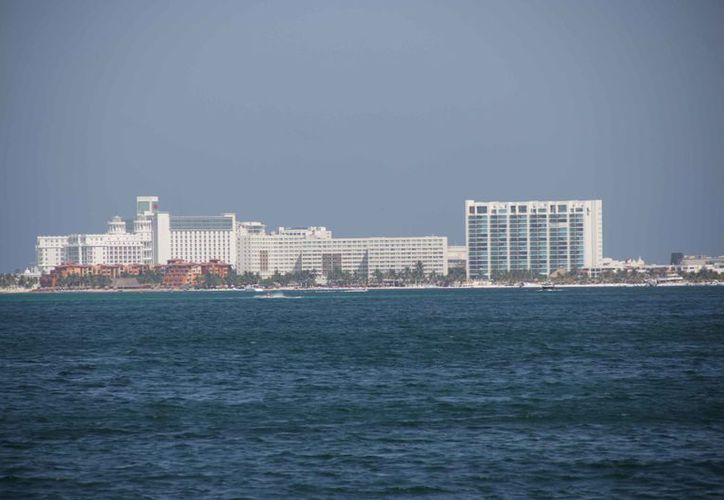 Contemplan más de 700 cuartos hoteleros para la zona de playas. (Luis Soto/SIPSE)