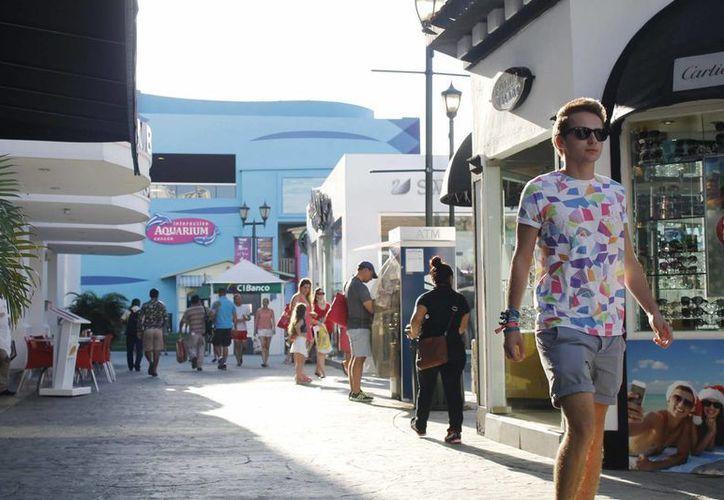 Realizan diferentes actividades para atraer más turistas hacia los destinos. (Yajahira Valtierra/SIPSE)