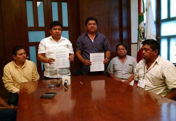 Autoridades y ejidatarios dialogaron sobre terrenos en El Roble Agrícola. (Milenio Novedades)