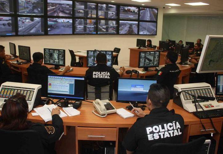 La Secretaría de Seguridad Pública recibirá menos recursos en 2018. Sufriría un recorte de más de 400 millones, según la propuesta del ejecutivo. (Milenio Novedades)
