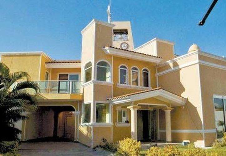 Las residencias aseguradas por las autroridades destacan por sus acabados y buen diseño. (Foto: Jesús Quintanar en Milenio)