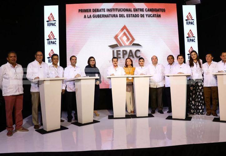 Los candidatos ya están presentes para el Primer Debate de Candidatos a Gobernador de Yucatán. (Jorge Acosta/Milenio Novedades)