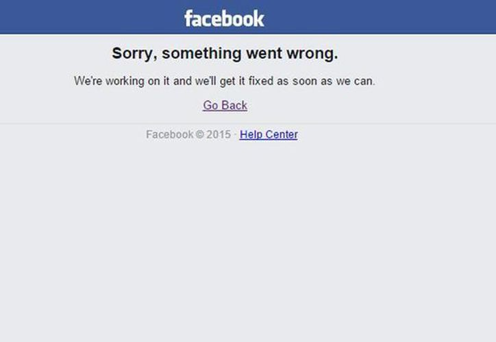 """Imagen que aparece al intentar a la página web de Facebook. Manda a sus usuarios el siguiente mensaje """"Sorry, something went wrong"""" (lo siento, algo anda mal).. (Captura de pantalla)"""