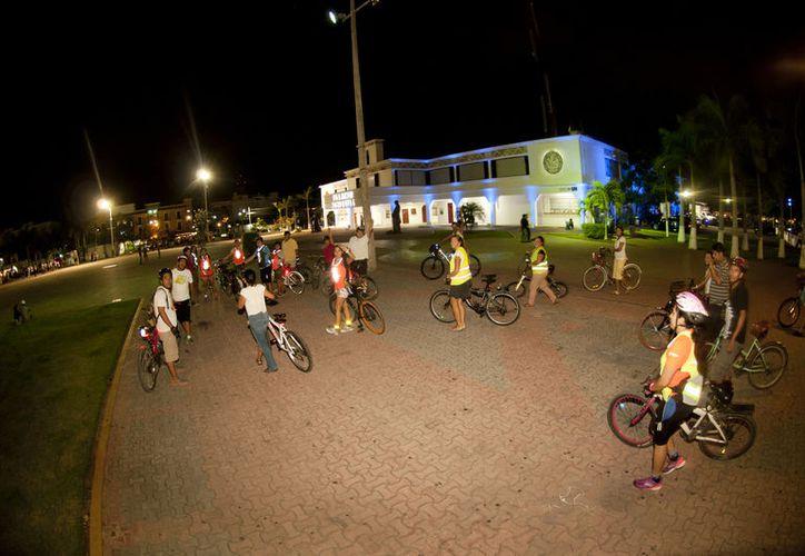 A las ciclovías que se construyeron en la administración pasada hace falta que se adecúen para su uso. (Octavio Martínez).