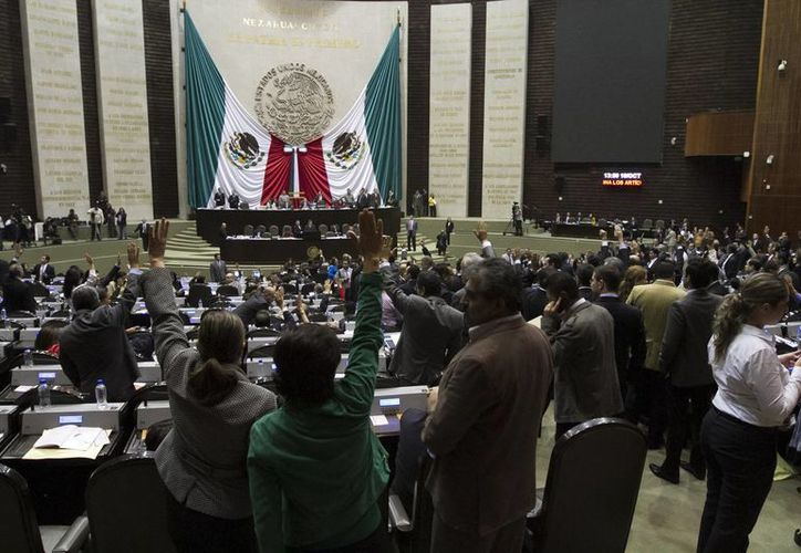 El primer dictamen del paquete fiscal  fue avalado por 443 votos a favor y 24 en contra. (Notimex)