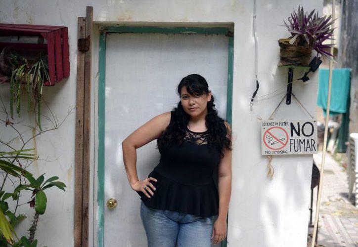 María José Pool invita a los festejos del Centro Cultural Tapanco.  Se develará una placa por este tercer aniversario en el Olimpo. (Milenio Novedades)