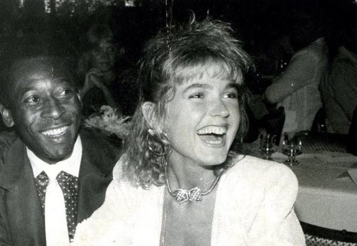 Mientras que la cantante Xuxa habló muy mal sobre los pies y el sudor de Pelé, este dijo que ella seguramente también se acuerda de su gran órgano sexual. (fabwags.com)