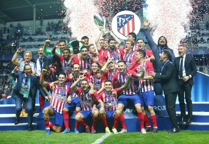Apenas el miércoles, el Atlético de Madrid se coronó ganador de la Supercopa de Europa. (Twitter)