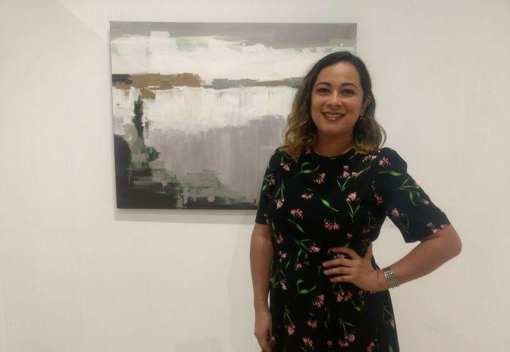 La artista visual Arlen Sánchez dijo estar emocionada en esta convocatoria de exposiciones. (Faride Cetina/SIPSE)