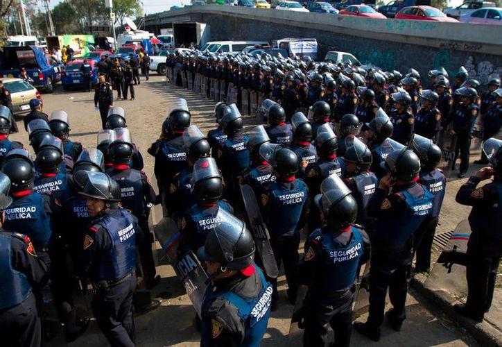 Para el 69.6%de los mexicanos encuestados por el Inegi la policía estatal y la municipal hizo poco o nada para prevenir y combatir la delincuencia. (Notimex)