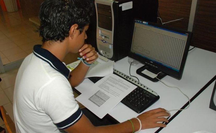 Por la flexibilidad en este modelo educativo, se le permite al estudiante designar de manera individual el horario. (Archivo/Sipse)