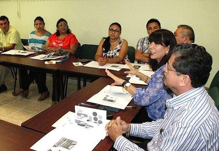 Los alcaldes electos yucatecos conocieron a detalle las Misiones Culturales: habrá 19 de ellas en 19 municipios para promover su desarrollo. (Foto: cortesía del Gobierno de Yucatán)