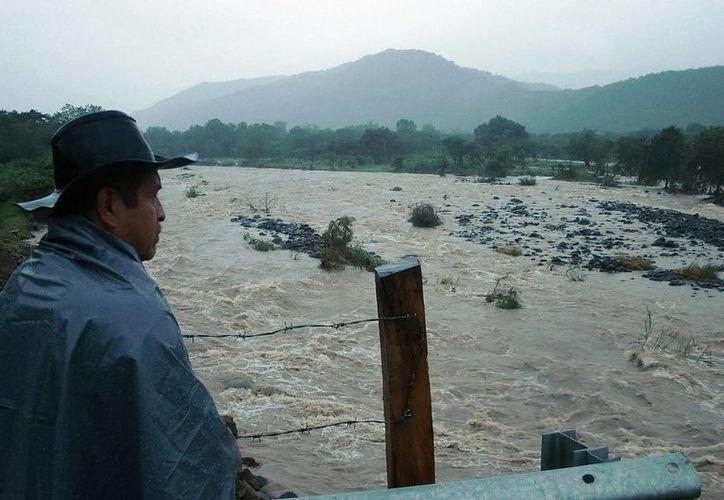 La zona de Los Ríos podría ser la más afectada en caso de una inundación. (Notimex)