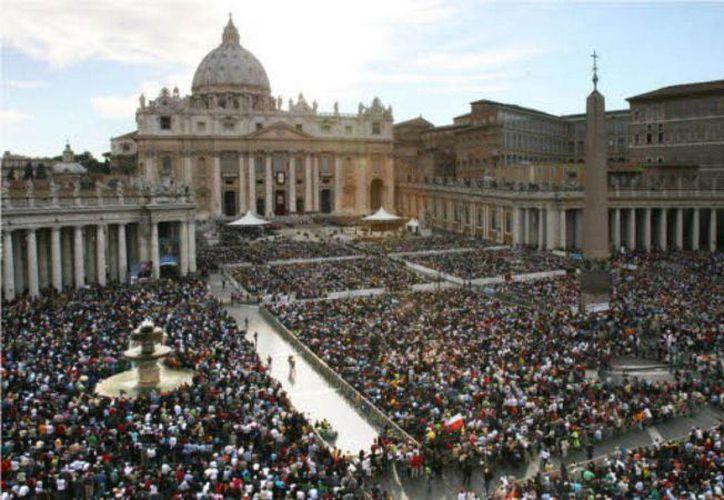 Tras el balance anual hecho por la Secretaría de Economía al Vaticano se descubrió un patrimonio sin declarar por más de 1 mil millones de dólares. (Afp)