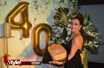 July Martínez festejó sus 40