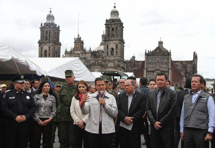 El Presidente agradeció la solidaridad de la ciudadanía. (Notimex)