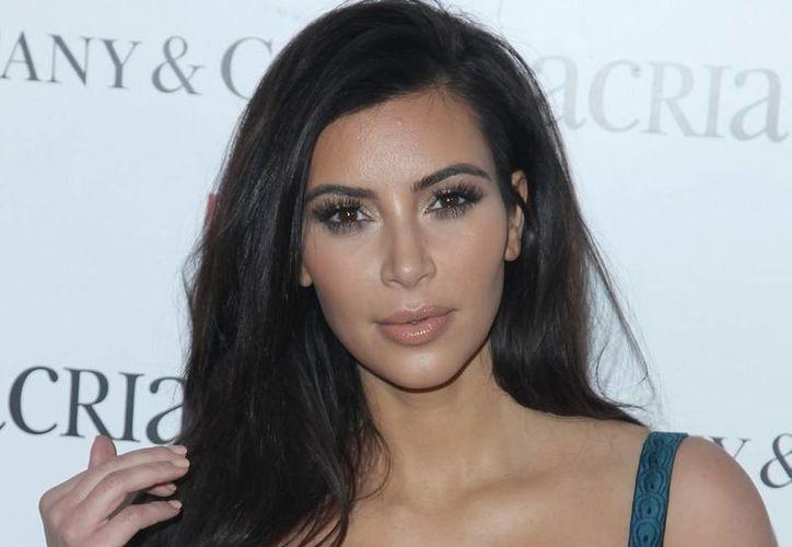 Según la Guardia Revolucionaria de Irán, Kim Kardashian comparte fotografías en redes con el objetivo de que 'los jóvenes y las mujeres' se rebelen contra el Islam. (Archivo AP)