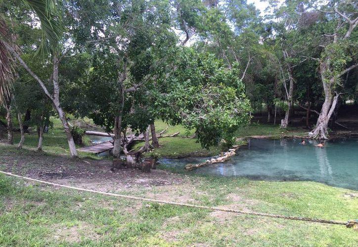 El balneario 'El chorro' permaneció abandonado por varios años; ahora ha sido rehabilitado para su disfrute nuevamente. (Edgardo Rodríguez/SIPSE)