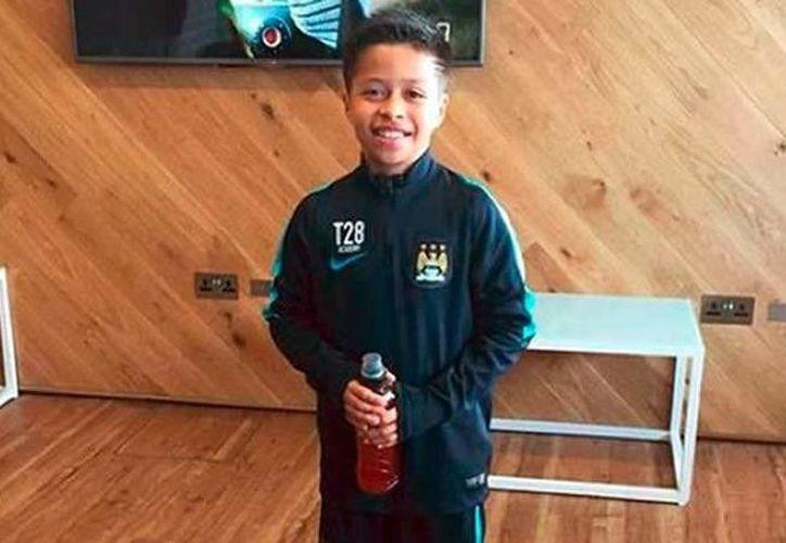 """Se llama Alejandro Alcalá, le apodan el """"Messi mexicano"""" y a sus 13 años se ha convertido en una promesa del fútbol mundial. (Vanguardia MX)"""